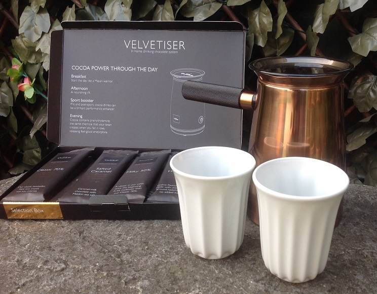 Chocolate flakes and pod cups for Hotel Chocolat Velvetiser