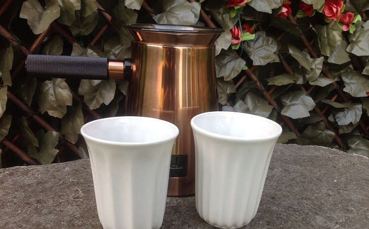 Hotel Chocolat Velvetiser with two pod cups